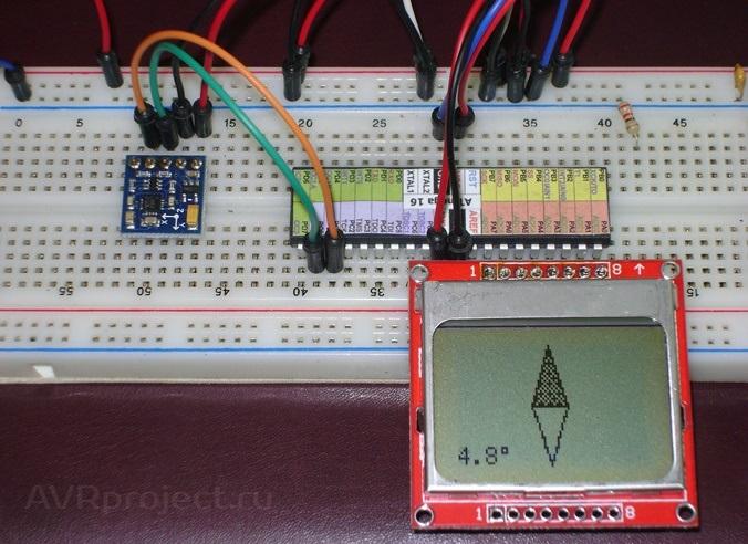 микроконтроллер ATMega16.